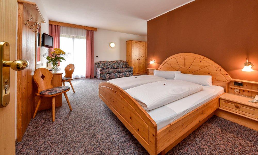 Wohnen und genießen: Ihr komfortables Zimmer in Natz / Schabs